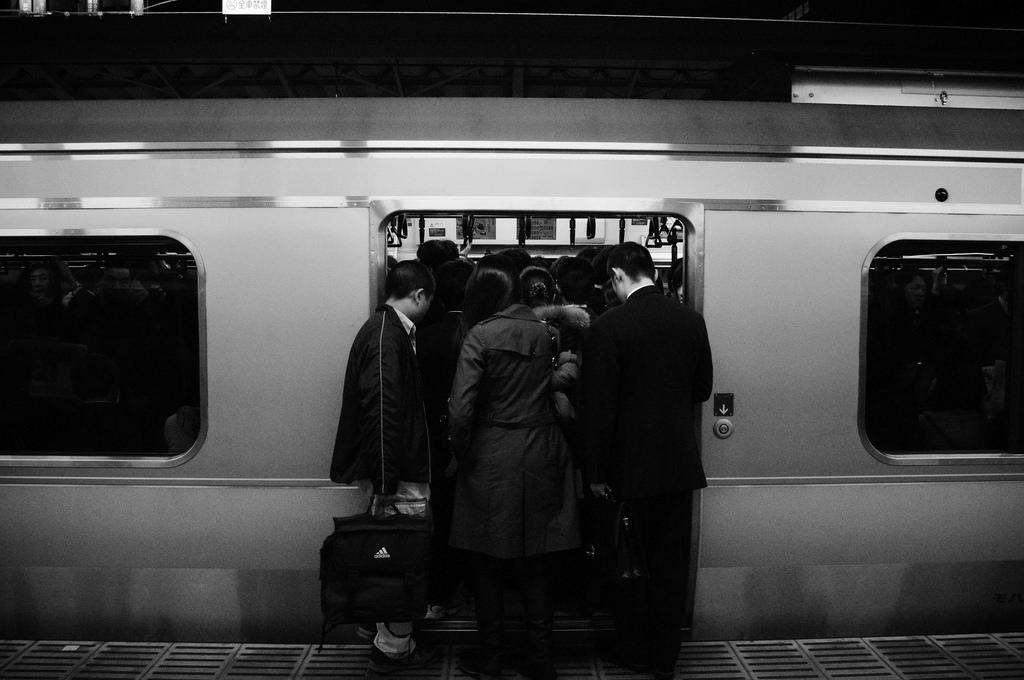 満員電車 photo