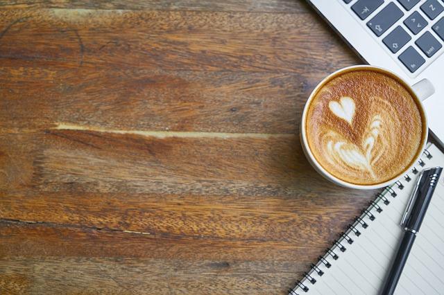 カフェ 仕事 photo